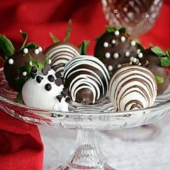Chocolate Covered Strawberries- Little Lov